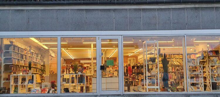 Bogby8870 butiksfacade 25.11.2020