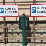 Ladestandere ved Djurslands Sparekasse i Langå
